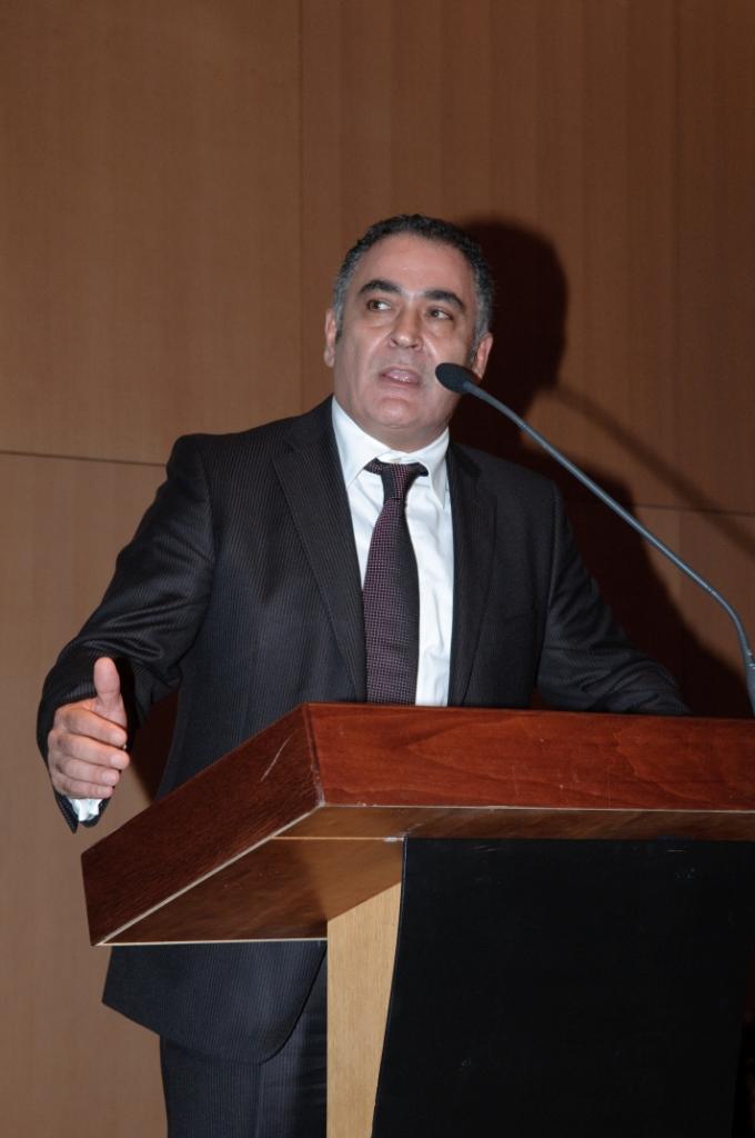 Ο Πρόεδρος & Διευθύνων Σύμβουλος της Mega Brokers Γιάννης Χατζηθεοδοσίου ,