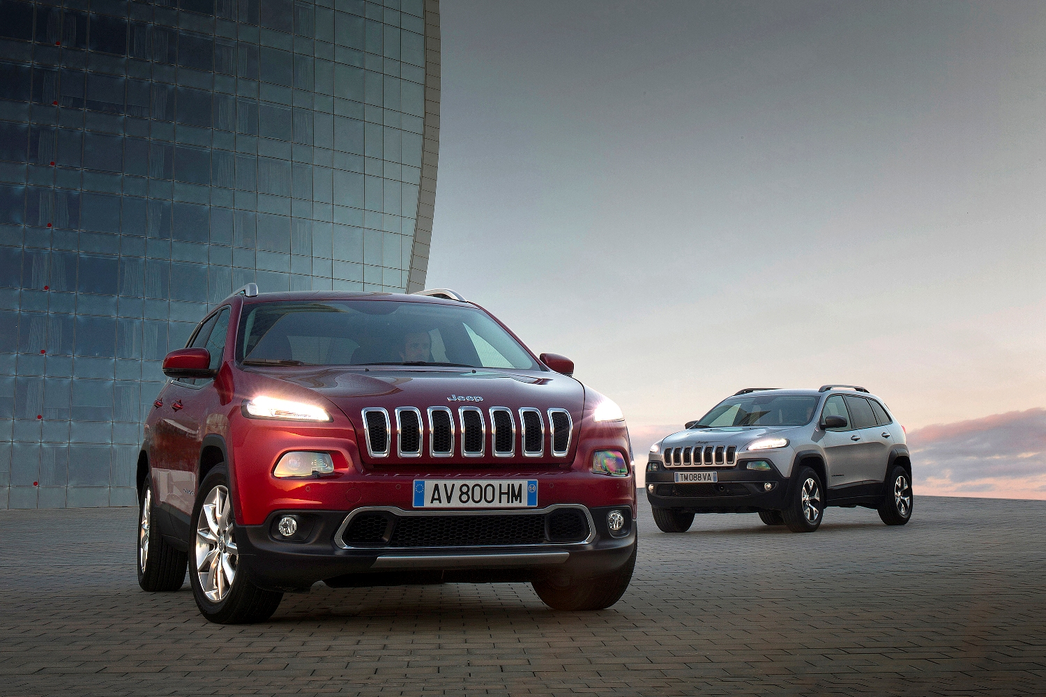Cherokee_Trailhawk&Limited_HP
