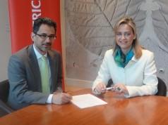 Ο κ. Γιάννης Καντώρος, Γενικός Διευθυντής Ασφαλιστικών Εργασιών του Ομίλου INTERAMERICAN με την κ. Νάντια Σταυρογιάννη, Διευθύνουσα Σύμβουλο και Αντιπρόεδρο της D.A.S. Hellas.