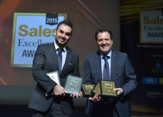 (από αριστερά) Ο κ. Βαγγέλης Αγαπητός, Διευθυντής Εμπορικών Θεμάτων της Εξυπηρέτησης Πελατών ΟΤΕ-COSMOTE, και ο κ. Αθανάσιος Στράτος, Executive Director Εξυπηρέτησης Πελατών Ομίλου OTE-COSMOTE