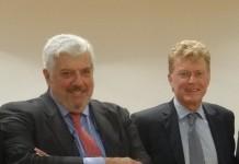 O κύριος Willem van Duin, πρόεδρος της ACHMEA, με τον κύριο Γιώργο Κώτσαλο, διευθύνοντα σύμβουλο της INTERAMERICAN.