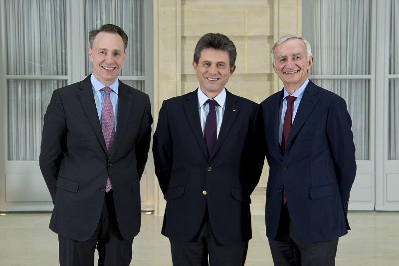 Thomas Buberl, Henri de Castries, Denis Duverne. AXA.