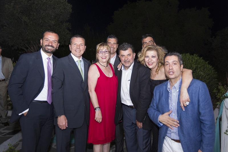 Από αριστερά : Στ. Βασιλόπουλος, Α. Μπεφών, Ι. Βαρσάνη, Ι. Βασιλάτος, Λ. Πέτροβας, Α. Μπάρδας, Χ. Ανέστη, Μ. Τάτσης