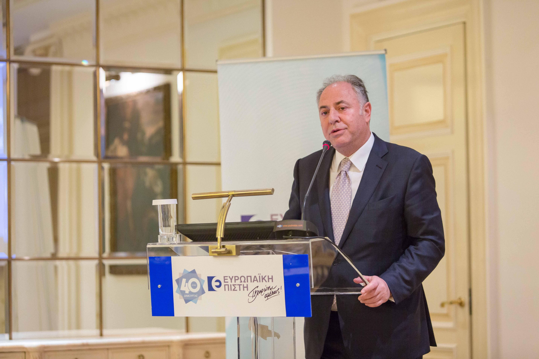 Γ. Καραβίας, πρόεδρος ΣΕΜΑ