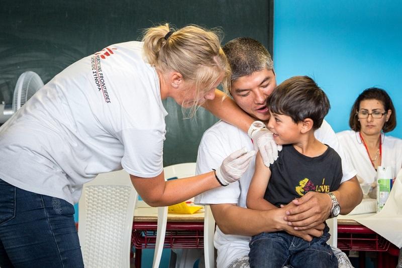 Η INTERAMERICAN υποστηρίζει για εμβολιασμούς παιδιών τους Γιατρούς Χωρίς Σύνορα
