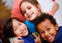 Γεύμα αγάπης από τον ΠΣΑΣ στο Δίκτυο για τα δικαιώματα του παιδιού