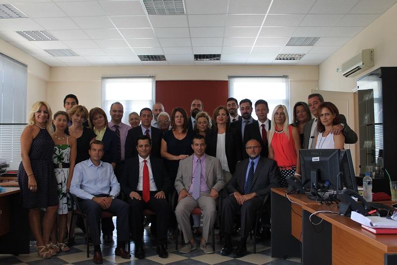 Η ομάδα του Γραφείου Πωλήσεων Χανίων με επικεφαλής τον Στάθη Λουραντάκη