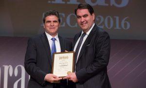 Εθνική Ασφαλιστική: Κατέκτησε το βραβείο Corporate Superbrands Greece 2016