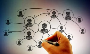 Businessman   Hand drawing social network