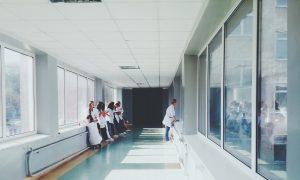 νοσοκομείο, ασθενείς, διάδρομος, γιατρός