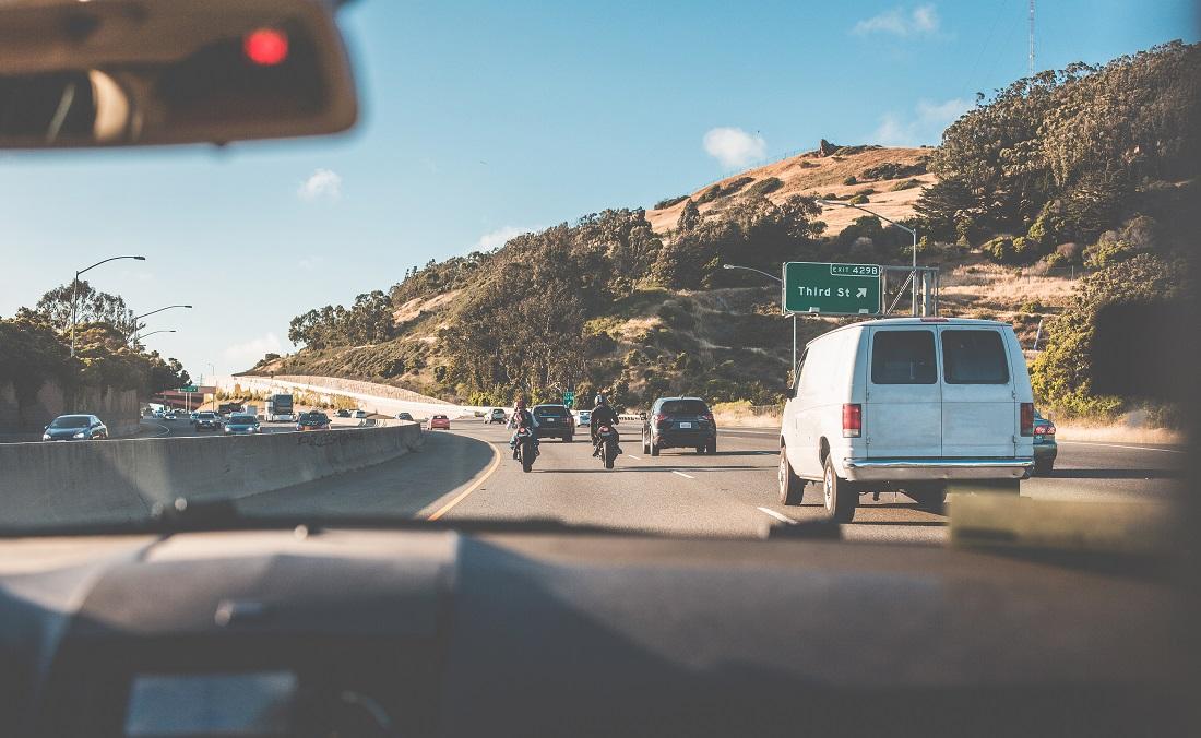 αυτοκινητο, παρμπριζ, οδηγός, εθνική οδός