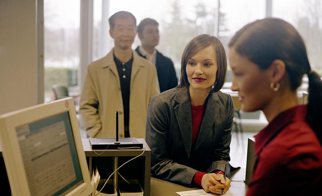 τραπεζα, υπάλληλος, γυναίκα