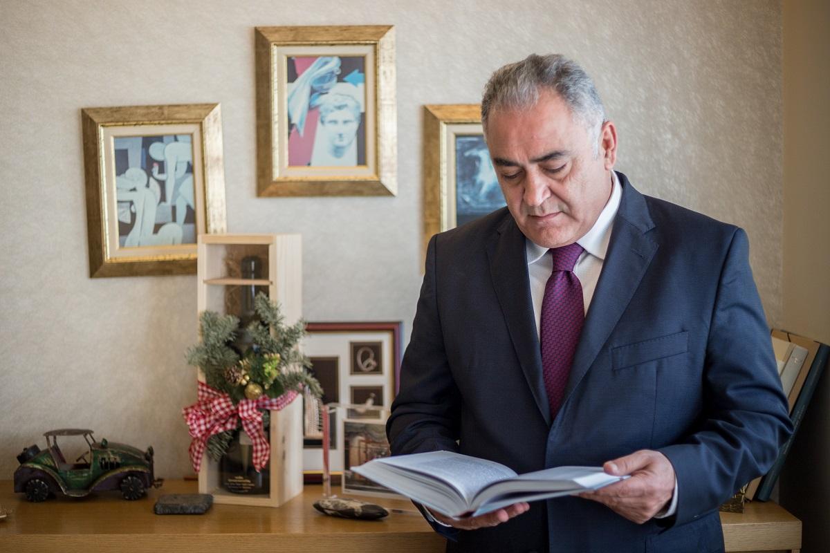 Γιάννης Χατζηθεοδοσίου, Πρόεδρος ΕΕΑ