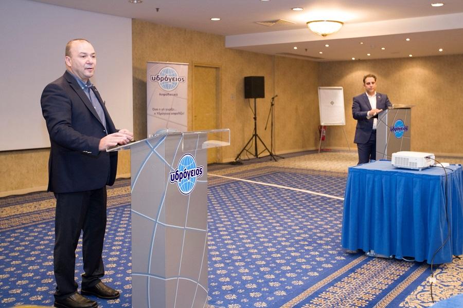 Νάκης Αντωνίου, Διευθύνων Σύμβουλος, Υδρόγειος Ασφαλιστική Κύπρου και Παύλος Κασκαρέλης, Αντιπρόεδρος και Διευθύνων Σύμβουλος, Υδρόγειος Ασφαλιστική, κατά την έναρξη του Συνεδρίου
