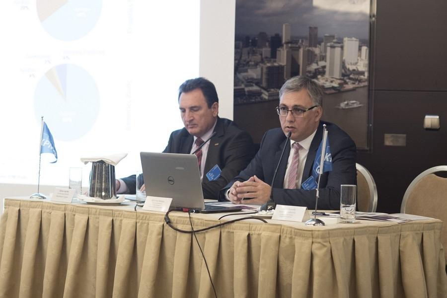 (από αριστερά) Γιάννης Αχείλας, Γενικός Διευθυντής, Φορολογικό Τμήμα της KPMG, Φίλιππος Κάσσος, Γενικός Διευθυντής, Τμήμα Ελέγχου Ασφαλιστικών Επιχειρήσεων της KPMG