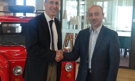 Ο Γιώργος Γιαννής, καθηγητής - διευθυντής Τομέα Μεταφορών και Συγκοινωνιακής Υποδομής ΕΜΠ και ο Γιάννης Ρούντος, Διευθυντής Δημοσίων Σχέσεων και Εταιρικής Υπευθυνότητας της ΙΝΤΕRAMERICAN