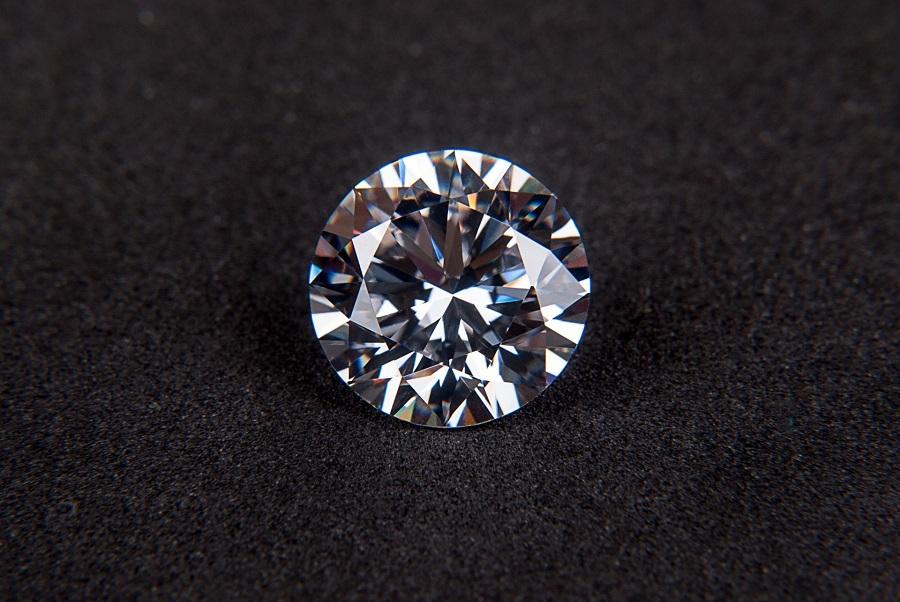 brilliant-carat-crystal