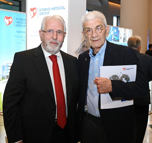 Ο Πρόεδρος του Ομίλου Ιατρικού Αθηνών, Δρ. Γεώργιος Αποστολόπουλος και ο Δήμαρχος Θεσσαλονίκης, κ. Γιάννης Μπουτάρης