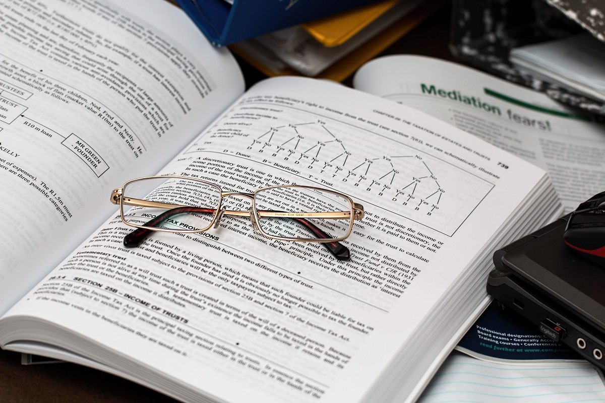 accounting-administration-books