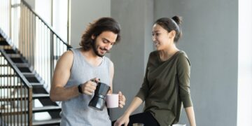 couple-having-breakfast-insurancedaily