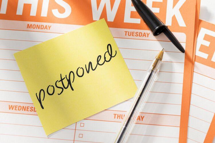 week-agenda-with-postponed-message
